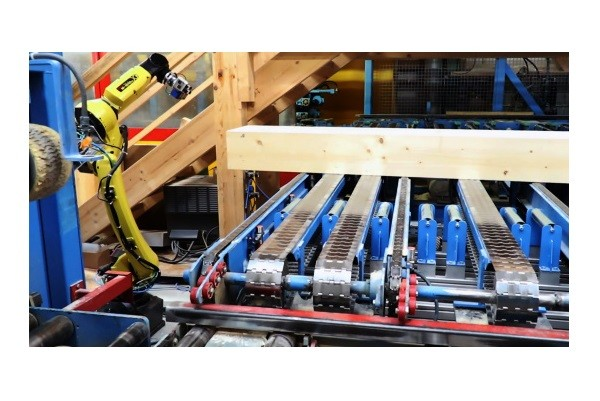 Automatic 3D Recognition and Marking of Wooden Beams